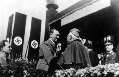 hitler - catholic