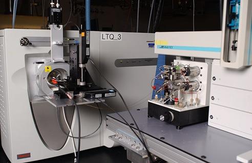 Liquid chromatography-mass spectrometry machine